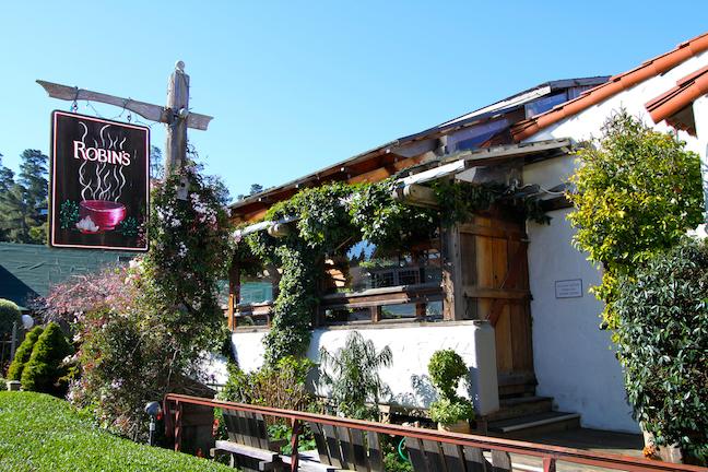 Robin's Restaurant - Exterior 3